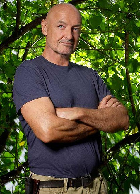 Terry O' Quinn interpreta a John Locke
